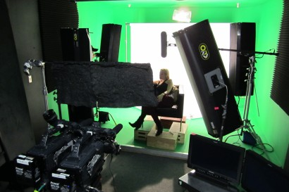 Pre Lit Green Screen Reality TV Interview